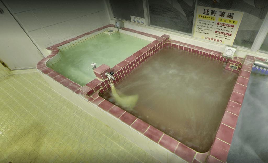 健康ランド末広湯 浴槽2(ベビーキッズTVより)